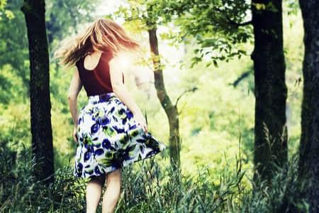 适合发朋友圈时间过得快的说说 时光飞逝的短句唯美